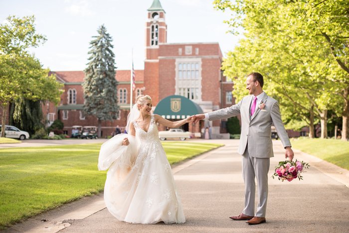 Glenmoor | Sabrina Hall Photography | As seen on TodaysBride.com