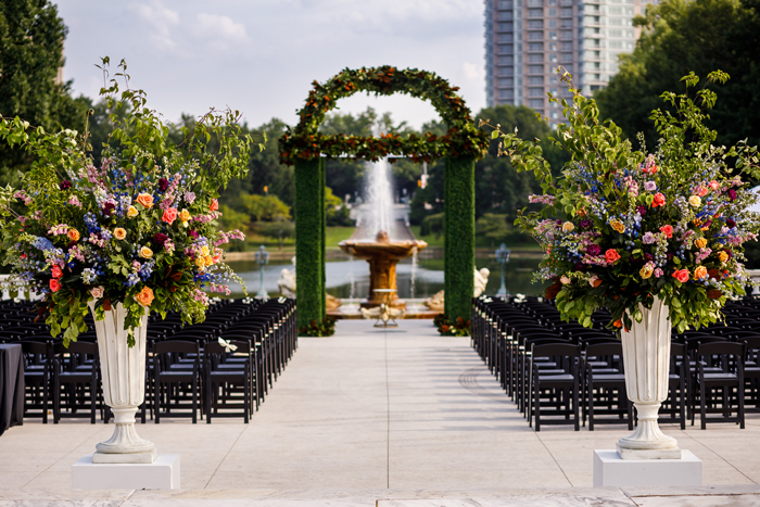 Outdoor Wedding | Genevieve Nisly Photography | As seen on TodaysBride.com