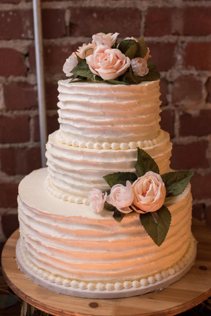 Rustic Wedding | Sabrina Hall Photography | As seen on TodaysBride.com