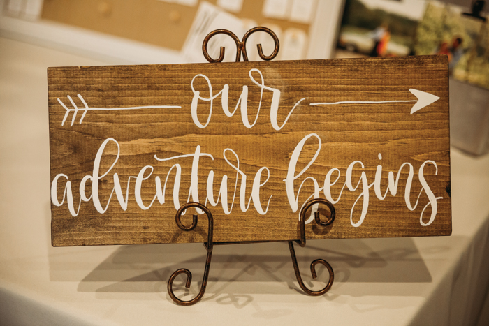 Travel Themed Wedding | Jadie Foto  | As seen on TodaysBride.com