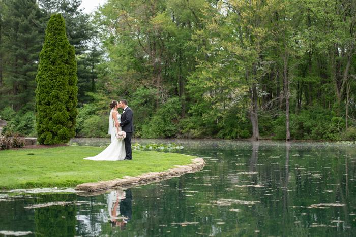 Waterfront Wedding | Sabrina Hall Photography | As seen on TodaysBride.com
