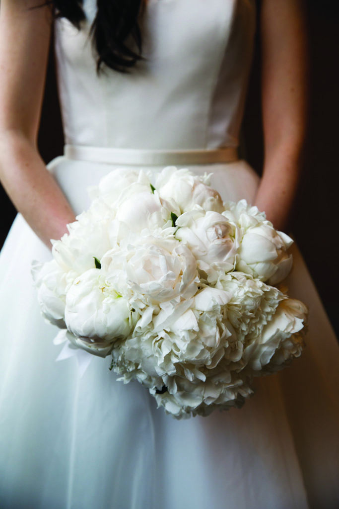 Wedding Flowers | Genevieve Nisly Photography | As seen on TodaysBride.com