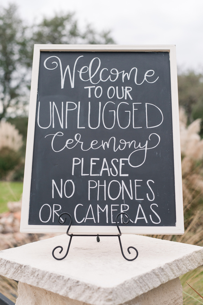 Unplugged wedding | Eureka | As seen on TodaysBride.com
