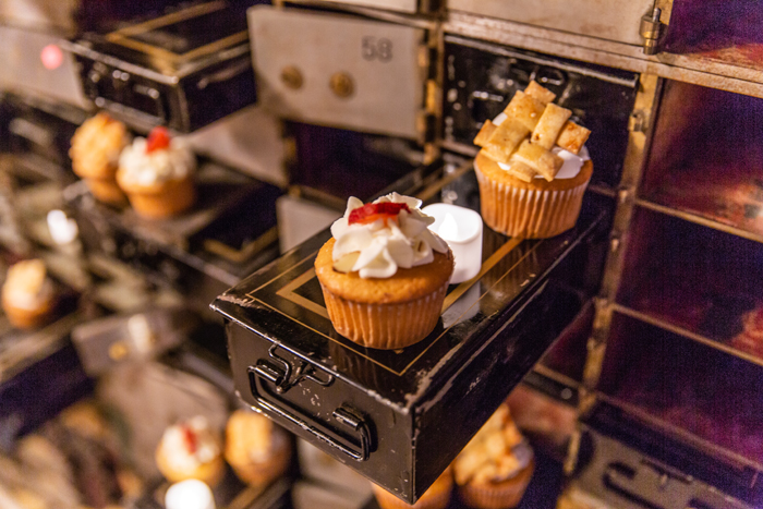 Cupcakes | The Cleveland Photographic Co. | As seen on TodaysBride.com