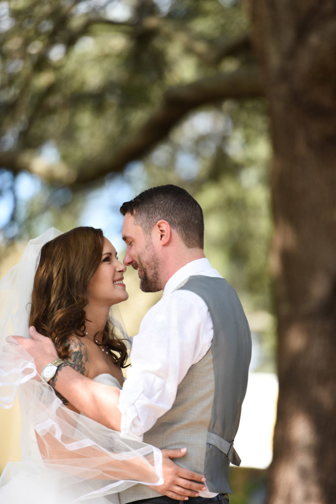 Bride and Groom | Jodi Hutton Photography | As seen on TodaysBride.com