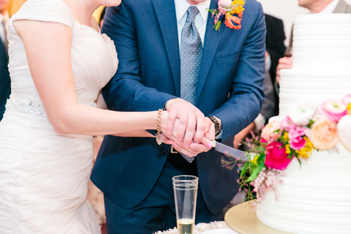 Bride and Groom Cutting Cake | Dana Cubbage Weddings | As seen on TodaysBride.com