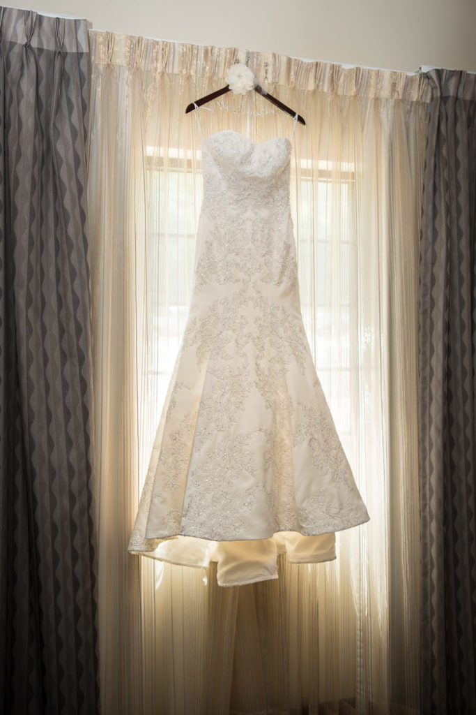 Wedding Dress | Sabrina Hall Photography | As seen on TodaysBride.com