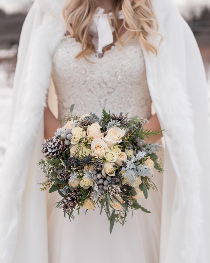 Winter Flowers | Sabrina Hall Photography | Nikki's Perfect Petals | As seen on TodaysBride.com