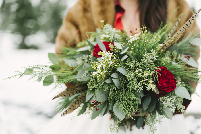 Winter Flowers | Alicia King Photography | As seen on TodaysBride.com