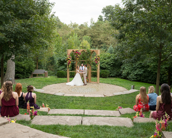 Wedding Ceremony | OH Snap! Photography | As seen on TodaysBride.com