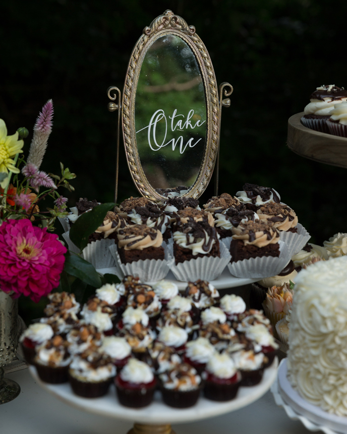 Dessert Table | OH Snap! Photography | As seen on TodaysBride.com