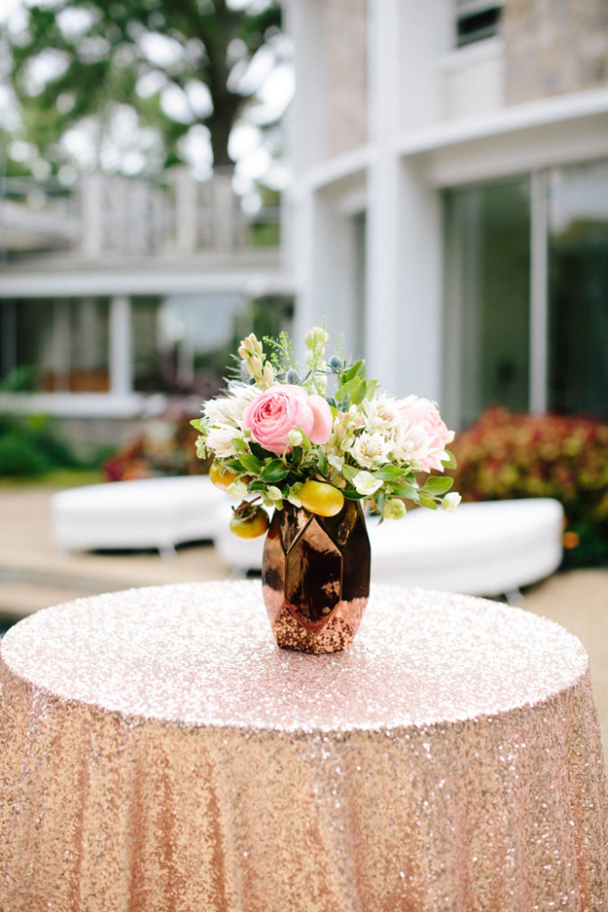 Metallic Cocktail Linen | Chelsea Anderson Photography | As seen on TodaysBride.com