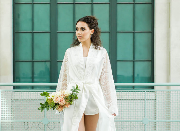 Bride wearing silk robe | Loren Jackson Photography | as seen on TodaysBride.com