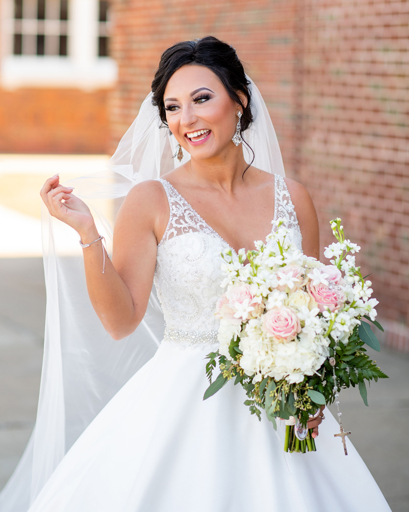 Bride Glam Shot | Klodt Photography | as seen on TodaysBride.com