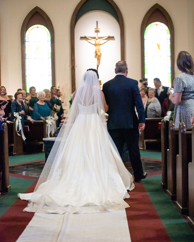 Bride Walking Down Aisle | Klodt Photography | as seen on TodaysBride.com