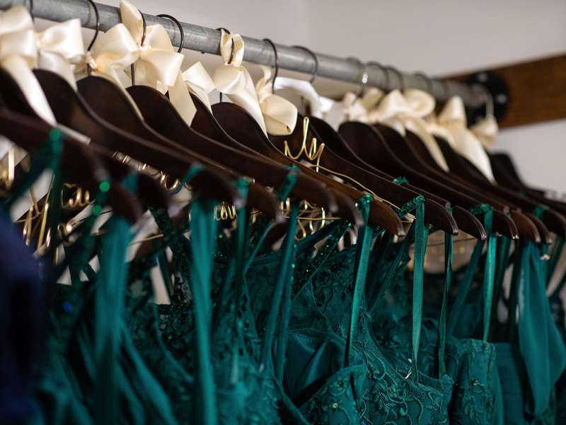 Bridesmaid Dresses | Klodt Photography | as seen on TodaysBride.com