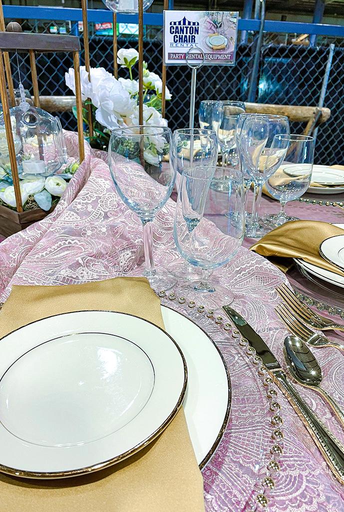 Canton Chair Rental | March Bridal Show | TodaysBride.com