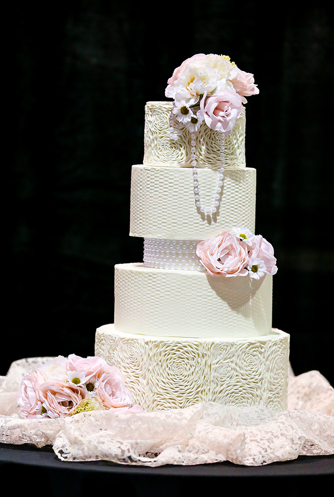 T'Cakes Cupcakes & Cookies | March 2021 Bridal Show | TodaysBride.com