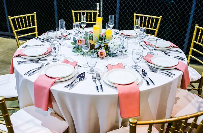 Shady Hollow Country Club | March 2021 Bridal Show | TodaysBride.com